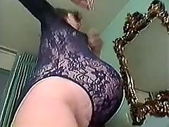 Pregnant milf seduces amateur guy